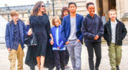 Джоли устроила своим детям экскурсию по Парижу